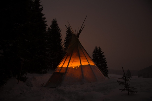 [2011] Winter teepee